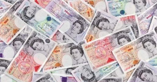 英镑再度下跌,英国留学生成最大的受益者