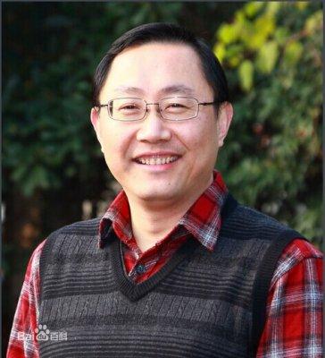全国劳动模范特级教师:王崧舟
